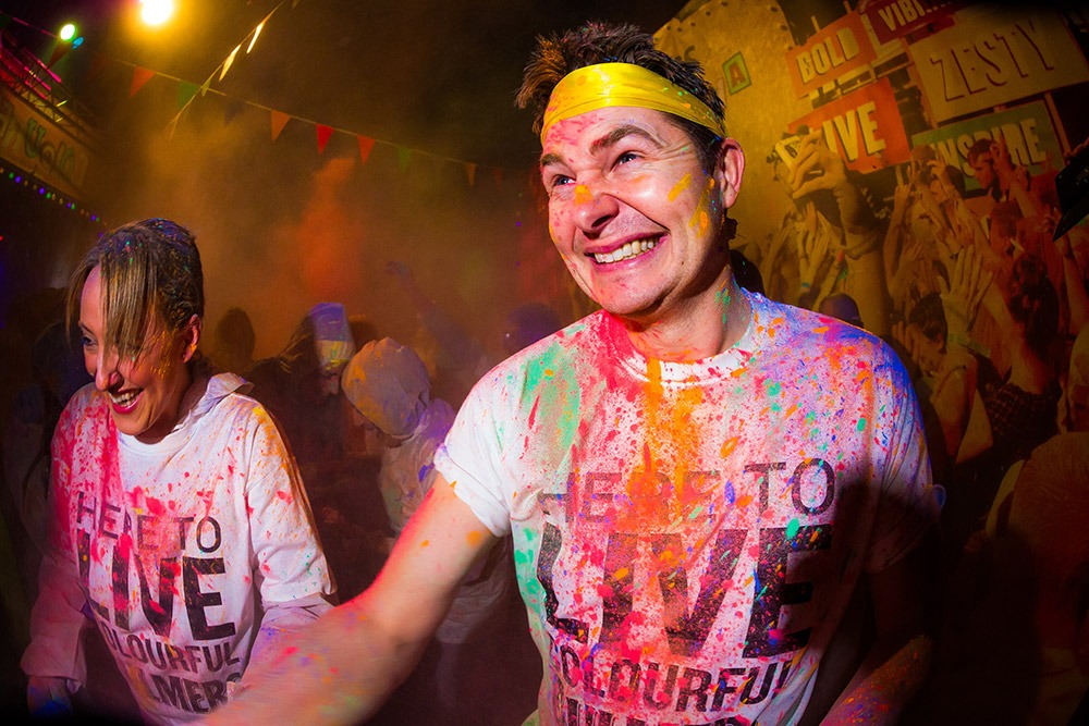 colour fight /Holi powder